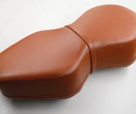 Kompletne sedadlo - Jawa Kyvačka - svetlo hnedé